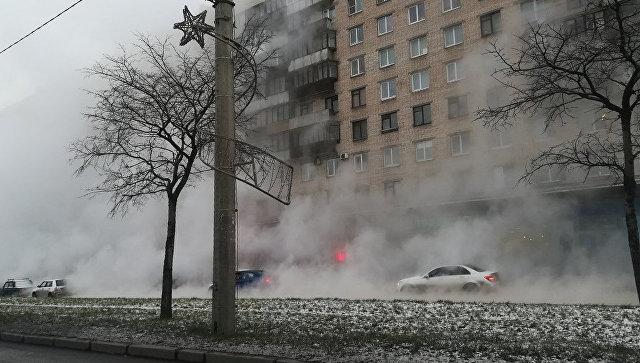 Авария на тепломагистрали во Фрунзенском районе Санкт-Петербурга. 5 декабря 2017