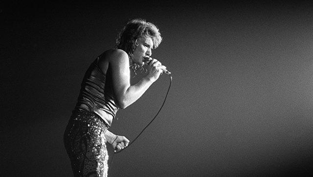Французский рок-певец Джонни Холлидей