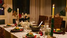 Новогодний стол. Архивное фото