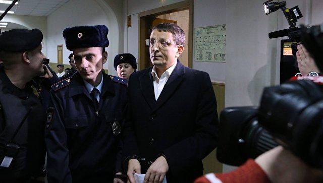 Следствие просит арестовать начальника ЭКЦ МВДРФ Гришина иего заместителя