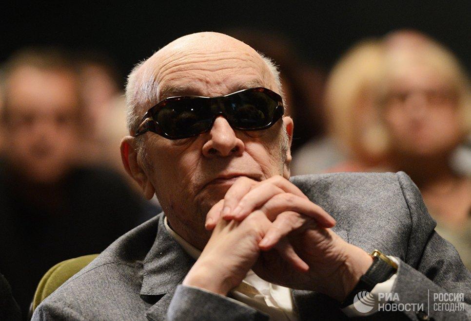Актер Леонид Броневой