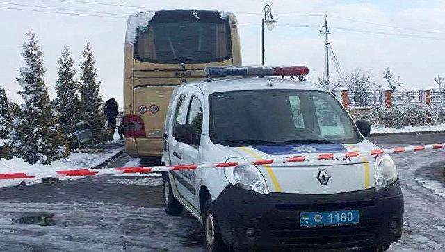 Польский автобус, поврежденный в Львовской области Украины
