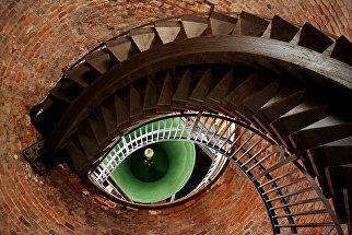 Mehmet Yasa. Глаз башни