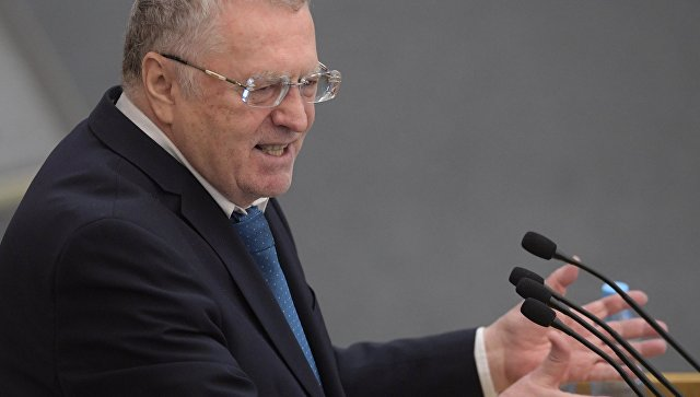 Руководитель фракции политической партии ЛДПР Владимир Жириновский выступает на пленарном заседании Государственной Думы РФ. 13 декабря 2017
