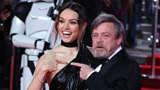 Актеры Дэйзи Ридли и Марк Хэмилл на премьере фильма Звездные войны: Последние джедаи в Лондоне