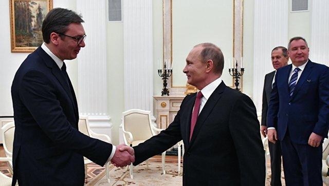 Президент РФ Владимир Путин и президент республики Сербии Александр Вучич во время встречи. 19 декабря 2017