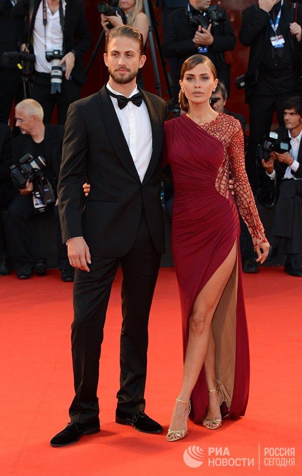 Телеведущая Виктория Боня с мужем Алексом Смерфитом