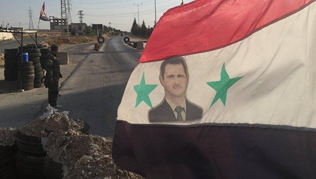 Военнослужащий сирийской армии в провинции Хама. Архивное фото