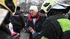 Водитель автобуса В.Тихонов на месте ДТП на Кутузовском проспекте