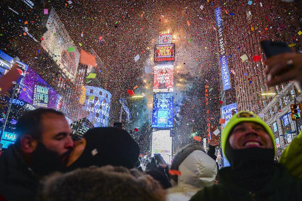 Во время празднования Нового года в Нью-Йорке