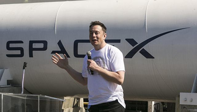 Илон Маск пожаловался, что работает 120 часов в неделю