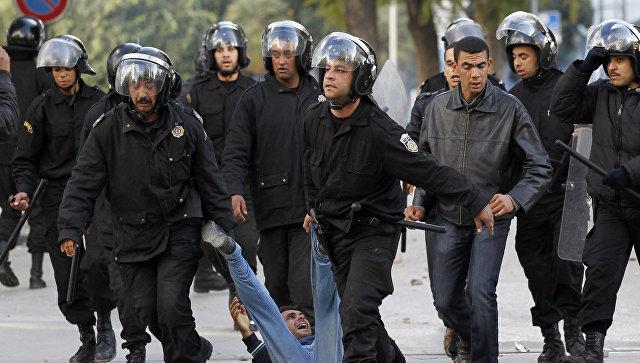 По итогам акций протестов и беспорядков в Тунисе арестованы 937 человек