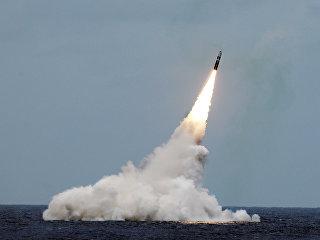 Пуск ракеты подводного базирования Trident II D5. Архивное фото