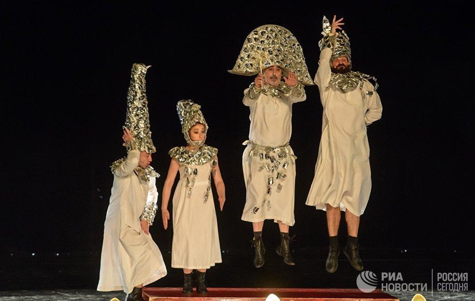 Шоу Даниэля Финци Паски La Verita в Санкт-Петербурге