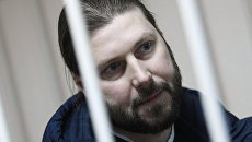 Священник Глеб Грозовский во время оглашения приговора в Приозерском городском суде. Архивное фото