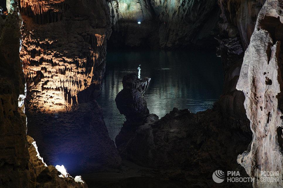 Пещера Фонгня в национальном парке Фонгня-Кебанг во Вьетнаме