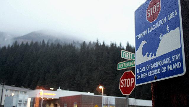 В США объявили об угрозе цунами после землетрясения у берегов Аляски