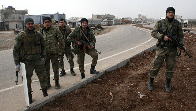 Бойцы Свободной армии Сирии (ССА), участвующие в операции в Африне