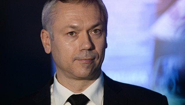 """Новосибирский губернатор потребовал прекратить """"стенопад"""" в школах"""