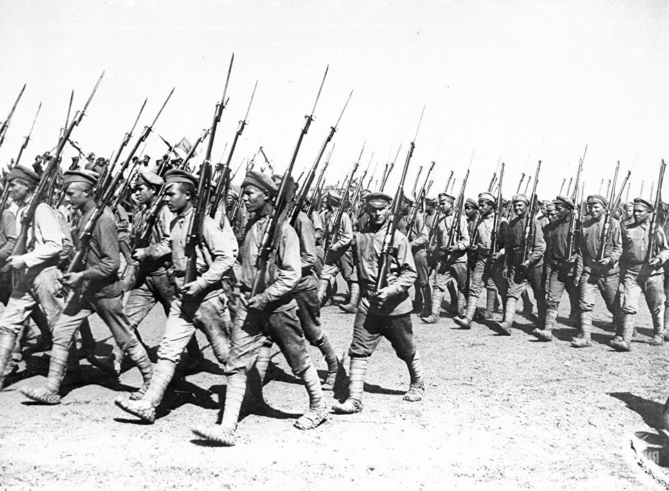 Парад Красной армии в Харькове, 1920 год