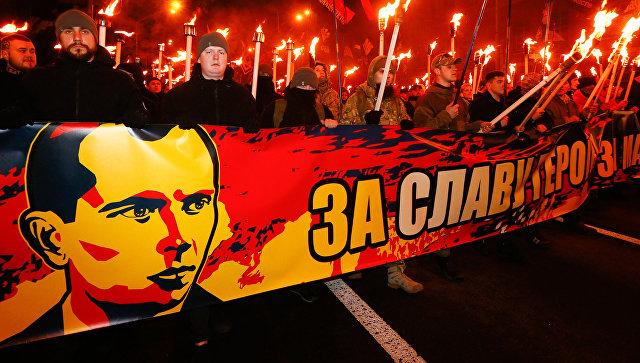 В Киеве предложили 13 раз в год поднимать над городом флаг ОУН*