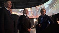 Президент РФ Владимир Путин во время посещения интерактивного музея Россия - моя история в Волгограде. 2 февраля 2018