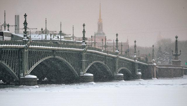 Троицкий мост в Санкт-Петербурге. Архивное фото