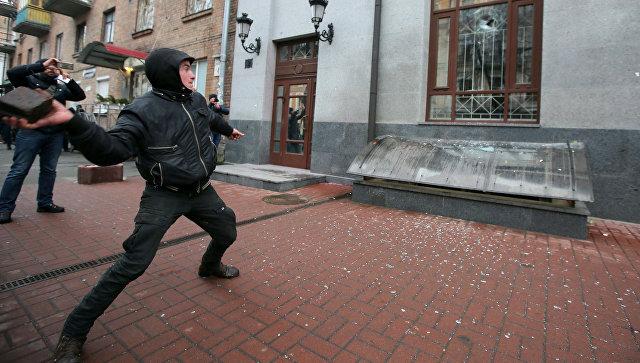 Россия призвала Украину положить конец выходкам националистов