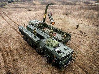 Военнослужащие во время учений оперативно-тактического ракетного комплекса (ОТРК) Искандер-М.ндер-М во время тактических учений расчетов по управлению ракетными ударами. Архивное фото