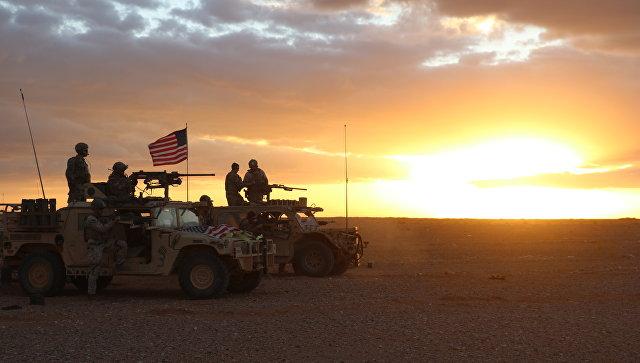 Американские военнослужащие в районе населенного пункта Эт-Танф, Сирия. Архивное фото