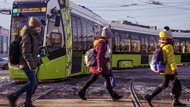 ВПетербурге начал работу 1-ый  личный  маршрут трамвая
