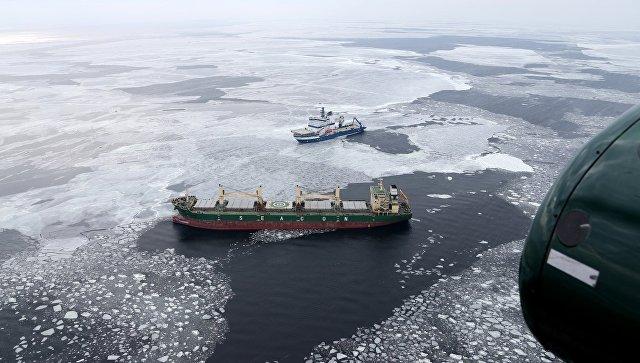 Около берегов Финляндии тонет грузовое судно, которое направлялось в РФ