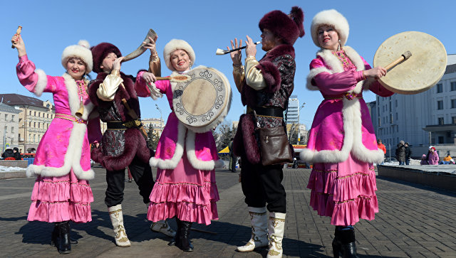 Празднование мусульманского праздника Науруз в Казани