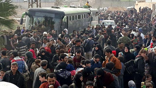 Как минимум 30 000 человек смогли покинуть Восточную Гуту засубботу