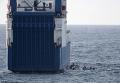 """Захваченное пиратами в нейтральных водах Кении судно """"Фаина"""""""