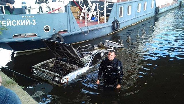 Водолаз Максим Максимов, обнаруживший машину на дне Москвы-реки