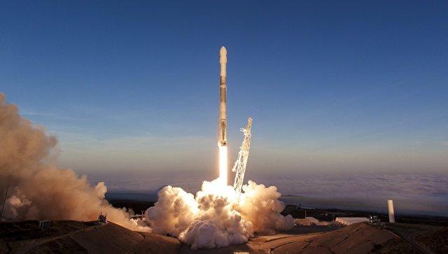 В Space X сообщили об успешной посадке первой ступени Falcon 9 в море
