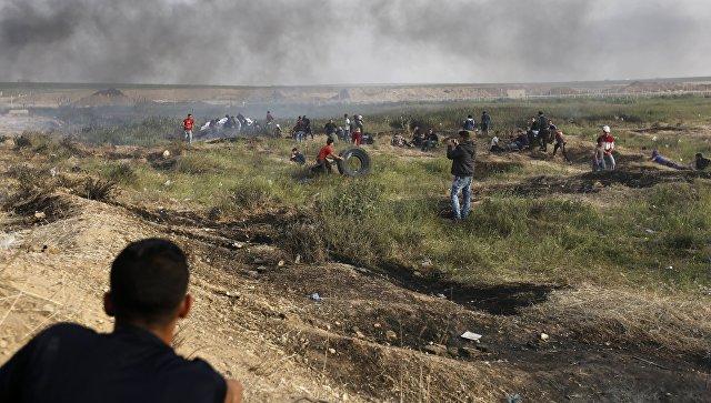 Награнице сГазой возобновились столкновения палестинцев сармией Израиля