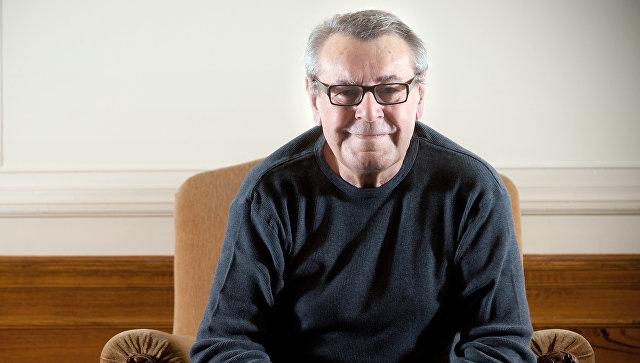 ВСША скончался кинорежиссер фильма «Пролетая над гнездом кукушки»