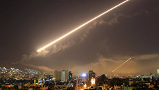 Зенитный огонь над Дамаском, Сирия. 14 апреля 2018. Архивное фото
