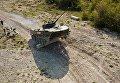 БМД 2 преодолевает препятствие на армейском конкурсе Десантный взвод в Краснодарском крае