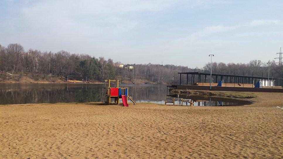 Пляж левобережный