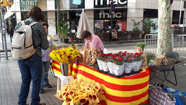 Продажа цветов в день Сан-Жорди в Барселоне