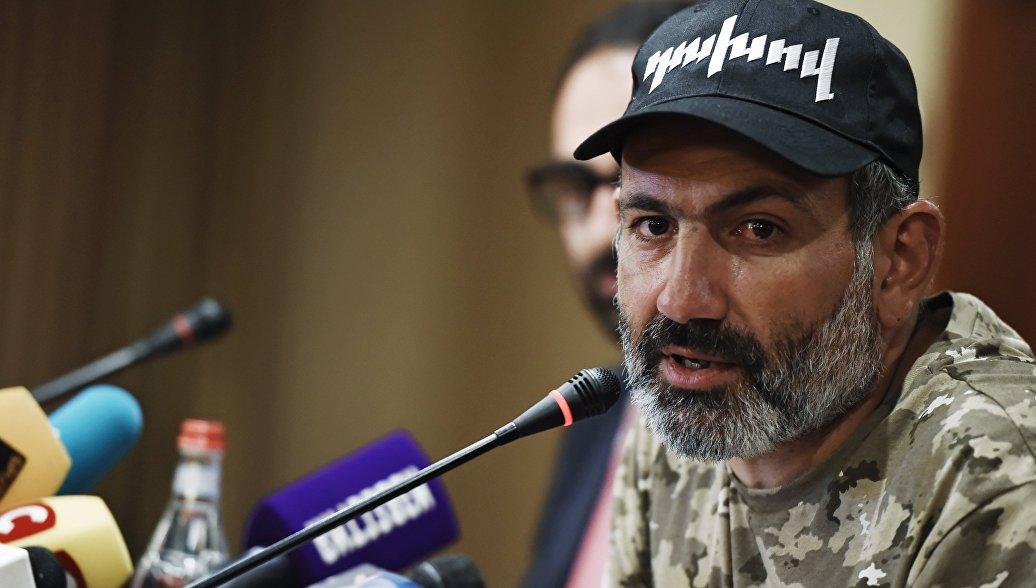 Пашинян получил первое письмо поддержки от местных властей