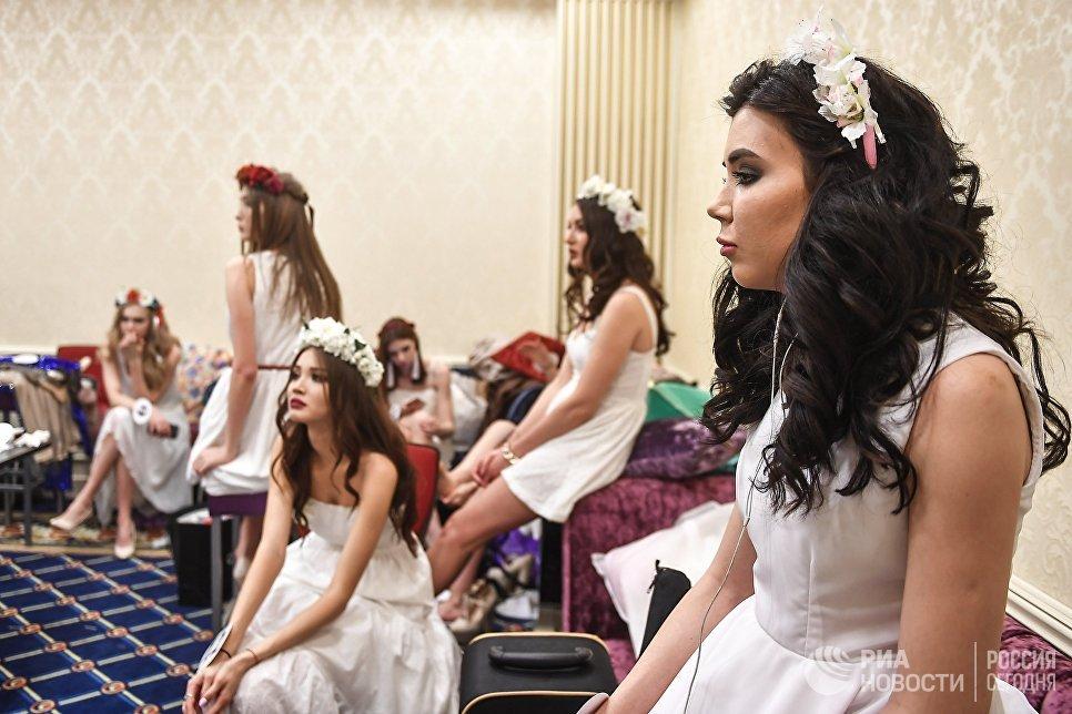 Участницы конкурса красоты «Российская красавица — 2018» перед соревнованиями в отеле Корстон в Москве