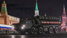 Зенитный ракетный комплекс С-400 Триумф на репетиции военного парада на Красной площади