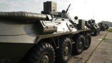 БТР 82-А во время подготовки боевой техники к участию в военном параде