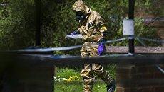 Военный в Солсбери во время расследования отравления Сергея Скрипаля и его дочери. Архивное фото