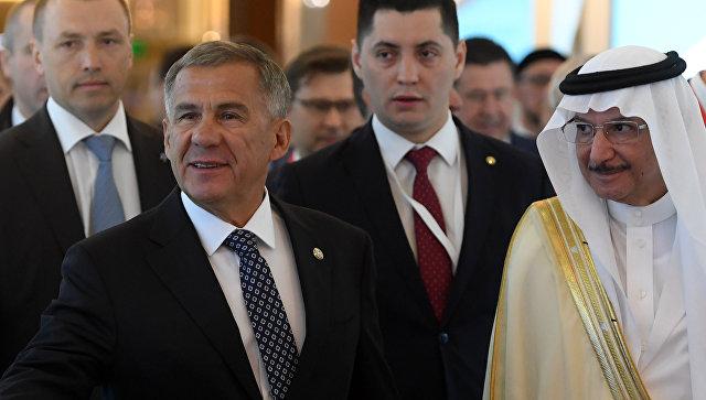 Президент Республики Татарстан Рустам Минниханов на церемонии открытия X Международного экономического саммита Россия — Исламский мир: KazanSummit в Казани. 10 мая 2018