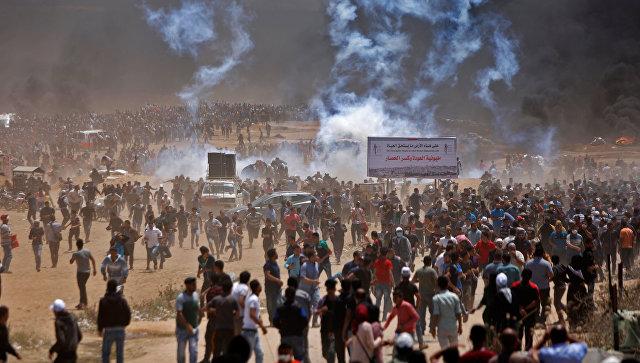 Протесты всекторе Газа: израильские военные открыли огонь, десятки убиты